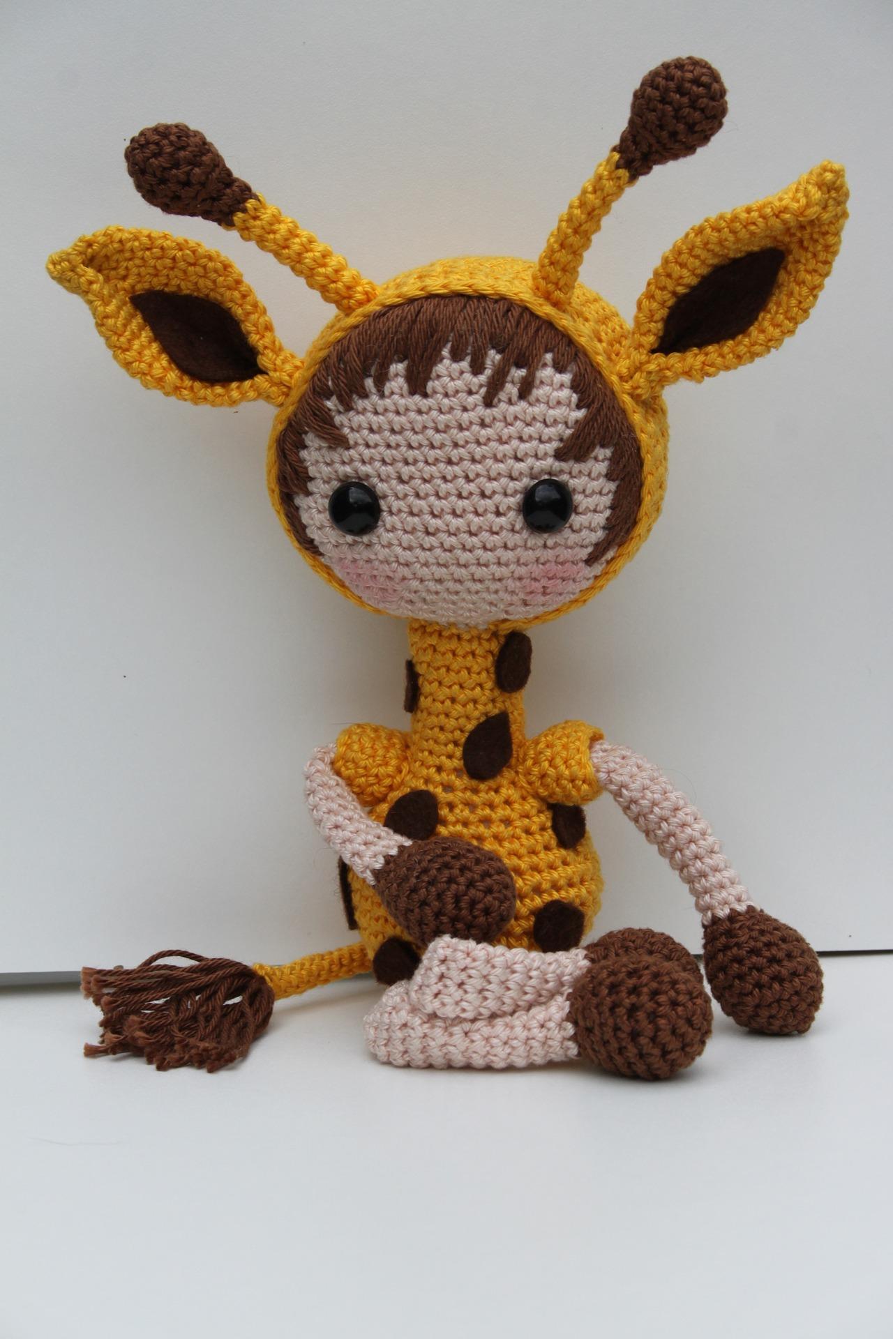 giraffe-1662561_1920